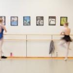 Stina Grønbech fotograf tromsø unge ballettdansere i dansestudio