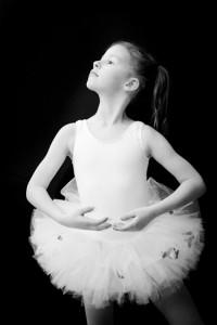 fotograf stina gronbech portrett ballerina bw 200x300 fotograf stina gronbech portrett ballerina bw